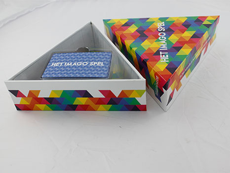 三角形禮盒.png