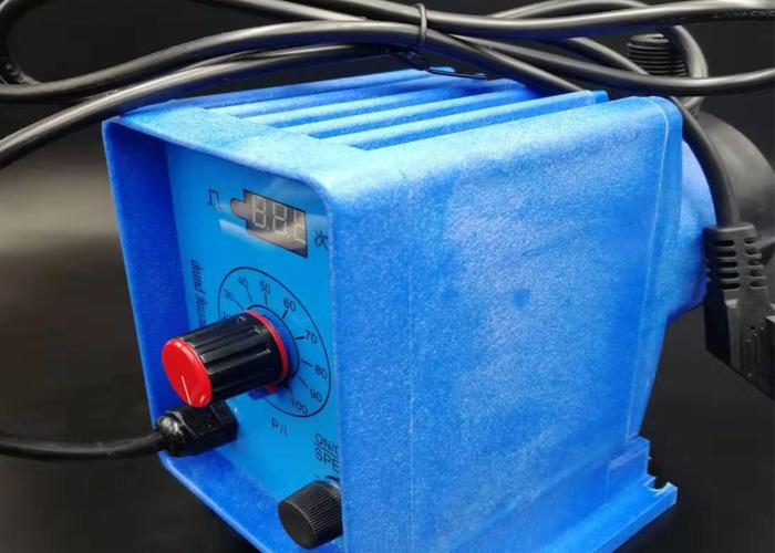 电磁隔膜计量泵(蓝色)-3.jpg