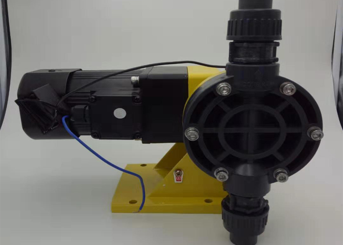 DJL机械隔膜泵(卧式)-2.jpg