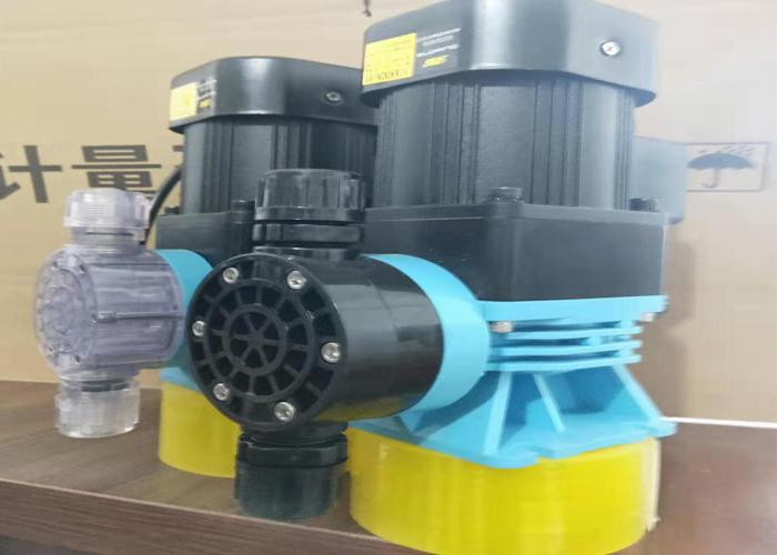 DJM型机械隔膜计量泵(立式)-2.jpg