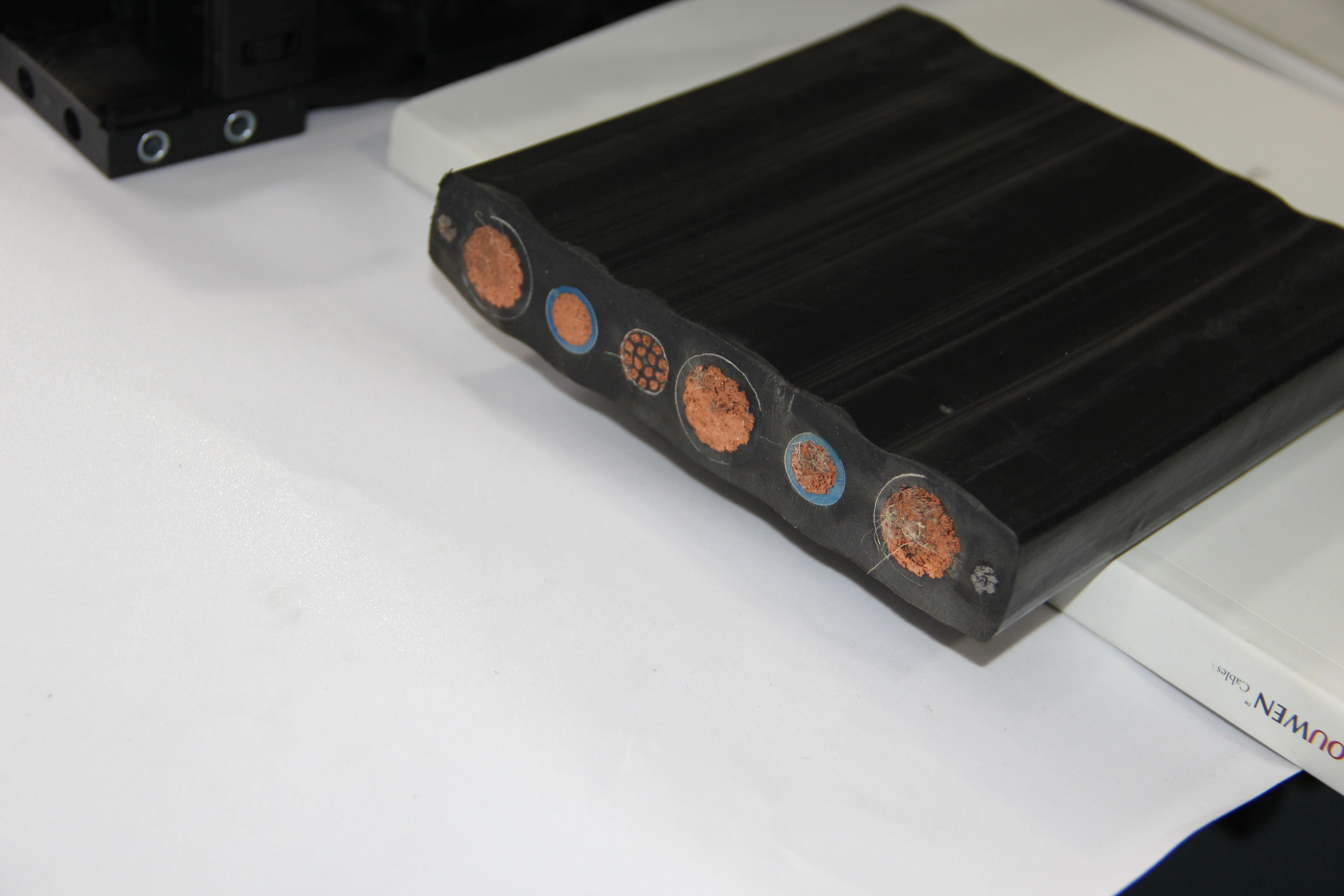 柔性电缆集成供电系统-垃圾吊拖链/拖令电缆