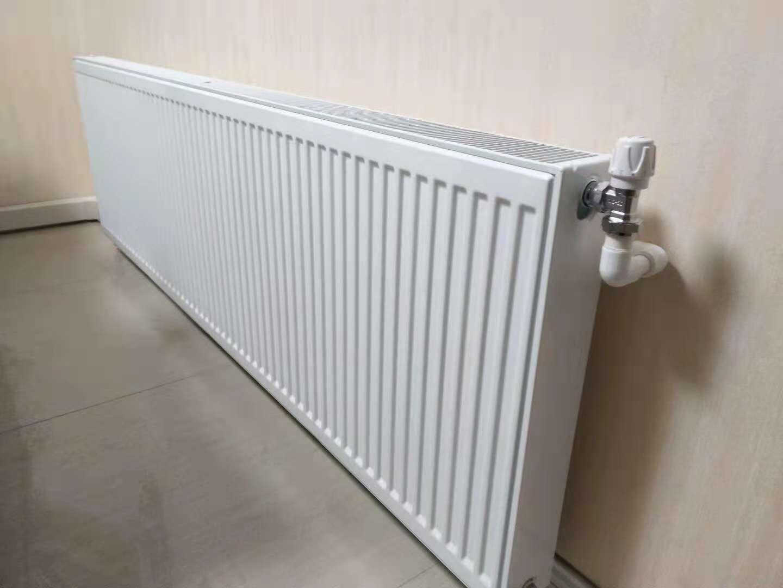 成都老房暖气片安装