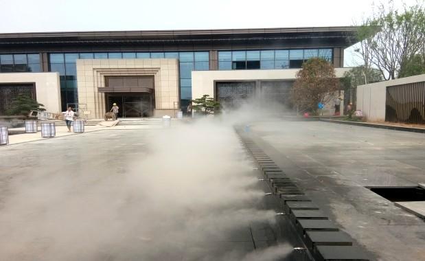 郑州雍景城人工造雾案例