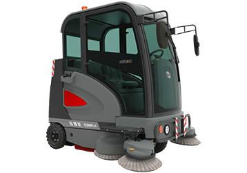 电动扫地车让工厂粉尘无处可逃