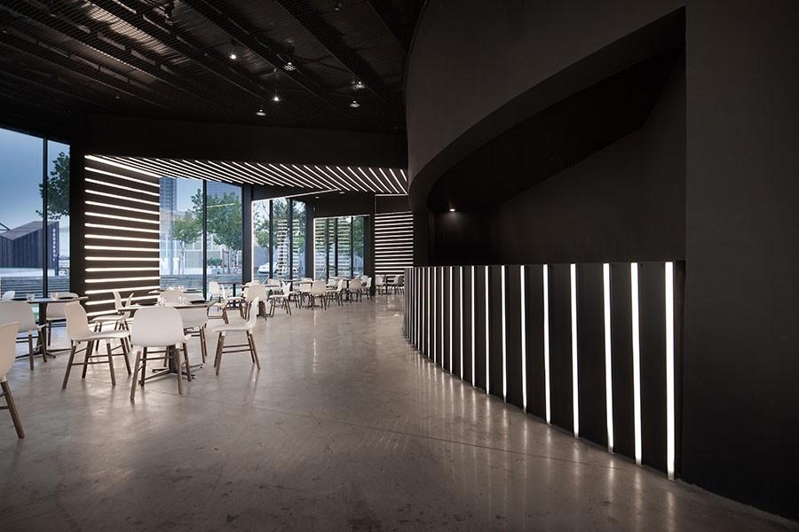 餐馆如何挑选餐厅瓷砖呢?