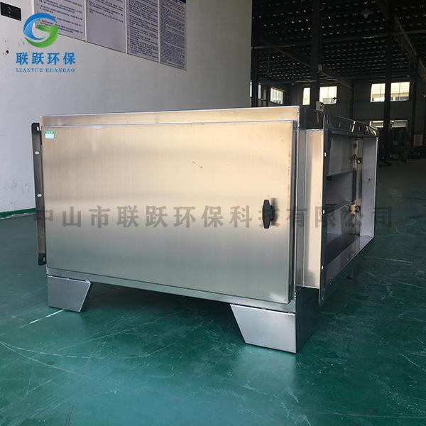 活性炭吸附箱-2千风量活性炭吸附箱