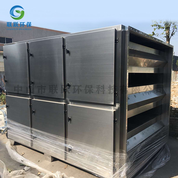 活性炭吸附箱-6万风量活性炭箱