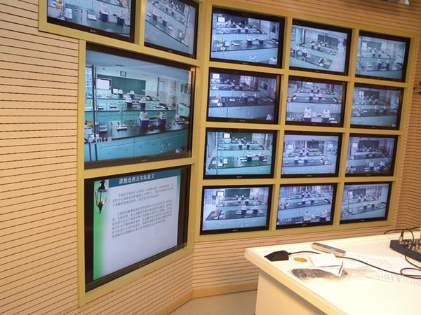 南京大学仙林新校区使用睿观博MHD-2020S矩阵和光传进行示教直播