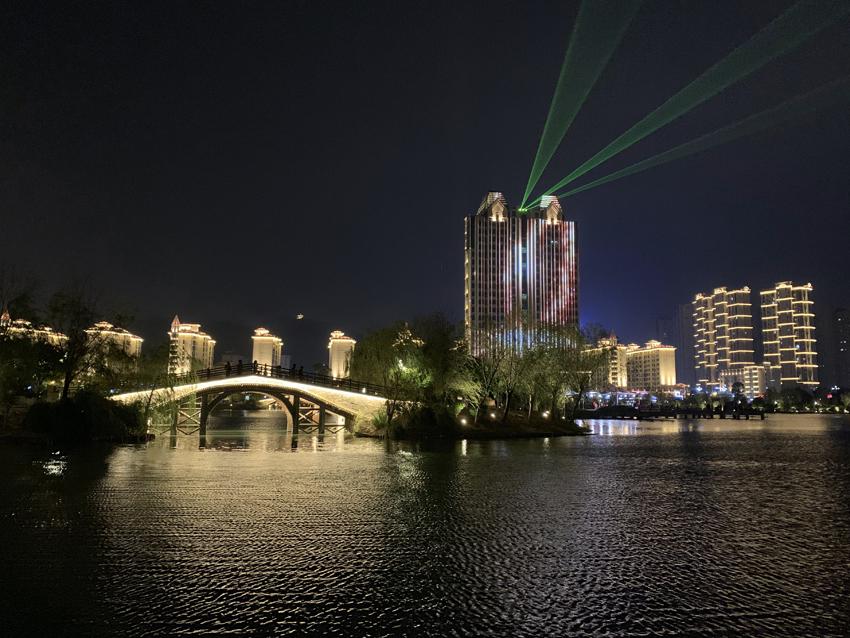 南昌湾里区岭秀湖公园照明