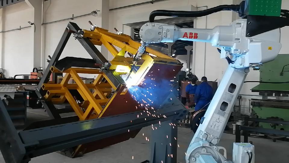 高速编织机机身总成焊接