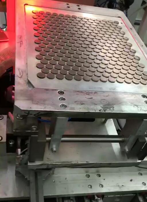 威世-丝网印刷设备恩-01.jpg