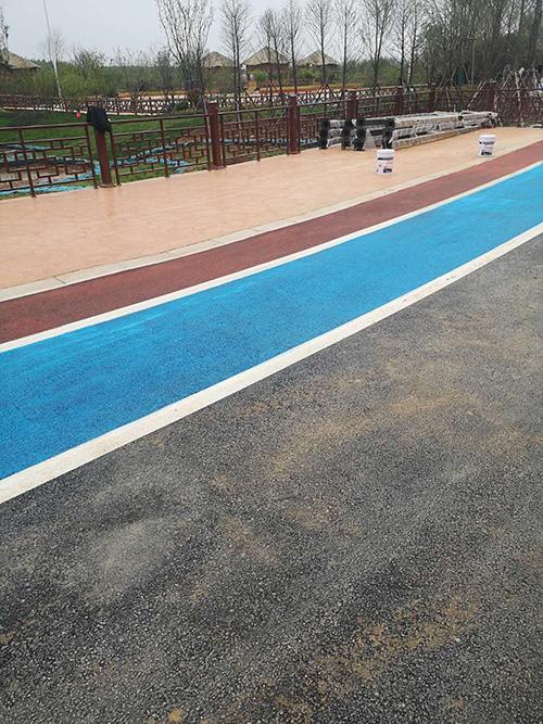 美地寶——精于彩色路面工程