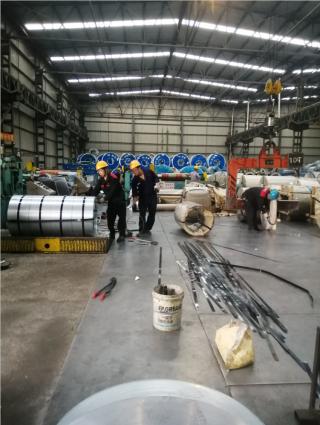 5000平方米大型仓库,专业人员操作,满 足客户的各种需求