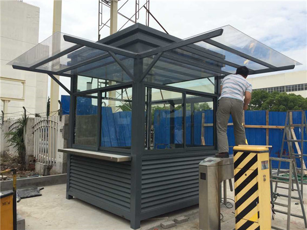 钢结构岗亭的配置及尺寸