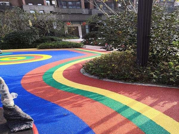 施工过程中出现彩色沥青路面掉色-怎么解决?