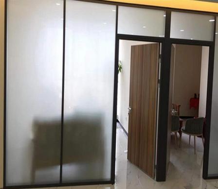 南京玻璃门生产商 思念溪办公室玻璃活动隔断 实力厂商批发