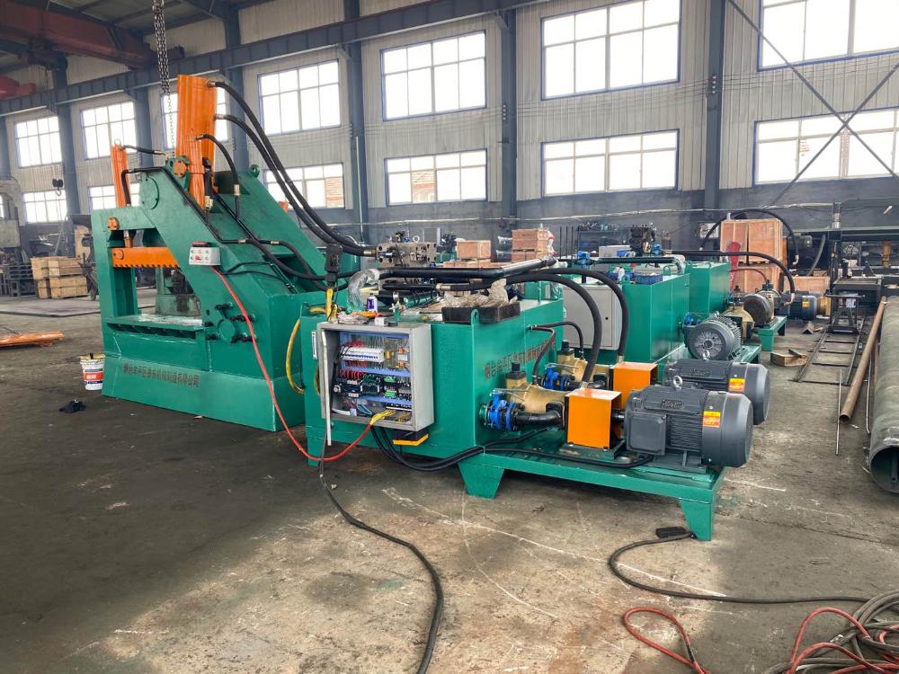 重型LD-550/1500型液压金属剪切机