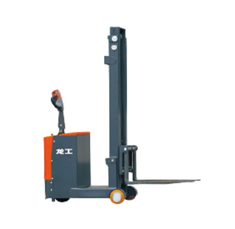LG05-07ES平衡重式堆高车(经济款)