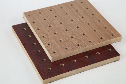 在装修中选择吸音板的优势和注意事项