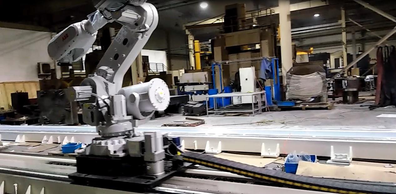 直线模组在ABB机器人上的运用