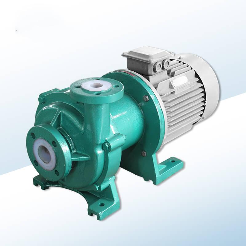 中型氟塑料磁力泵.jpg