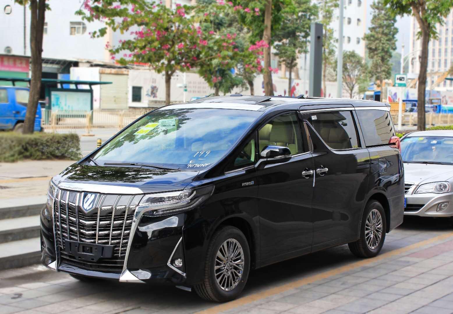 新款30系丰田埃尔法保姆车自驾/配驾服务