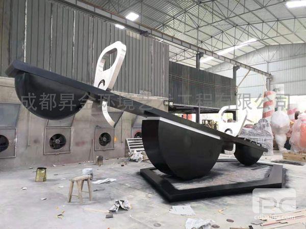 不锈钢块面熊猫雕塑2.jpg
