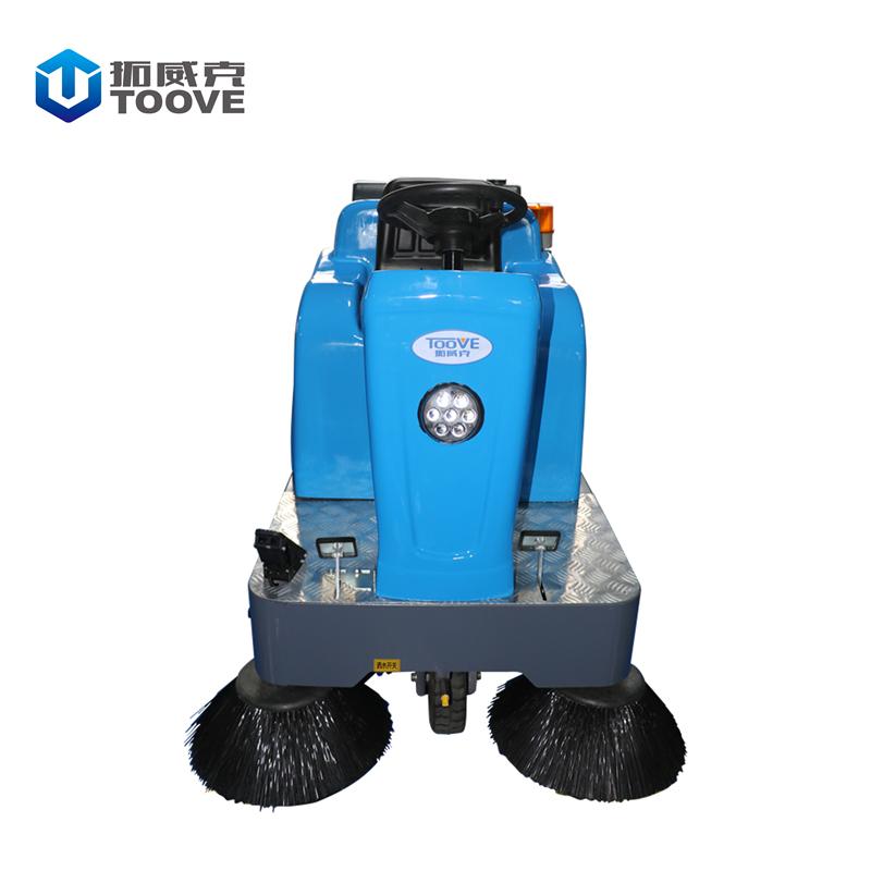 TS-1250半封闭式驾驶扫地机扫吸洒水结合 物业保洁扫地车