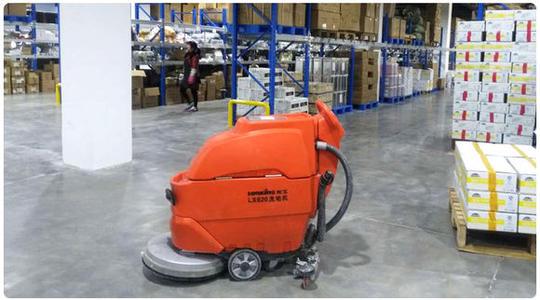 洗地机厂家会依据不一样的清理自然环境来给公司订制清理计划方案