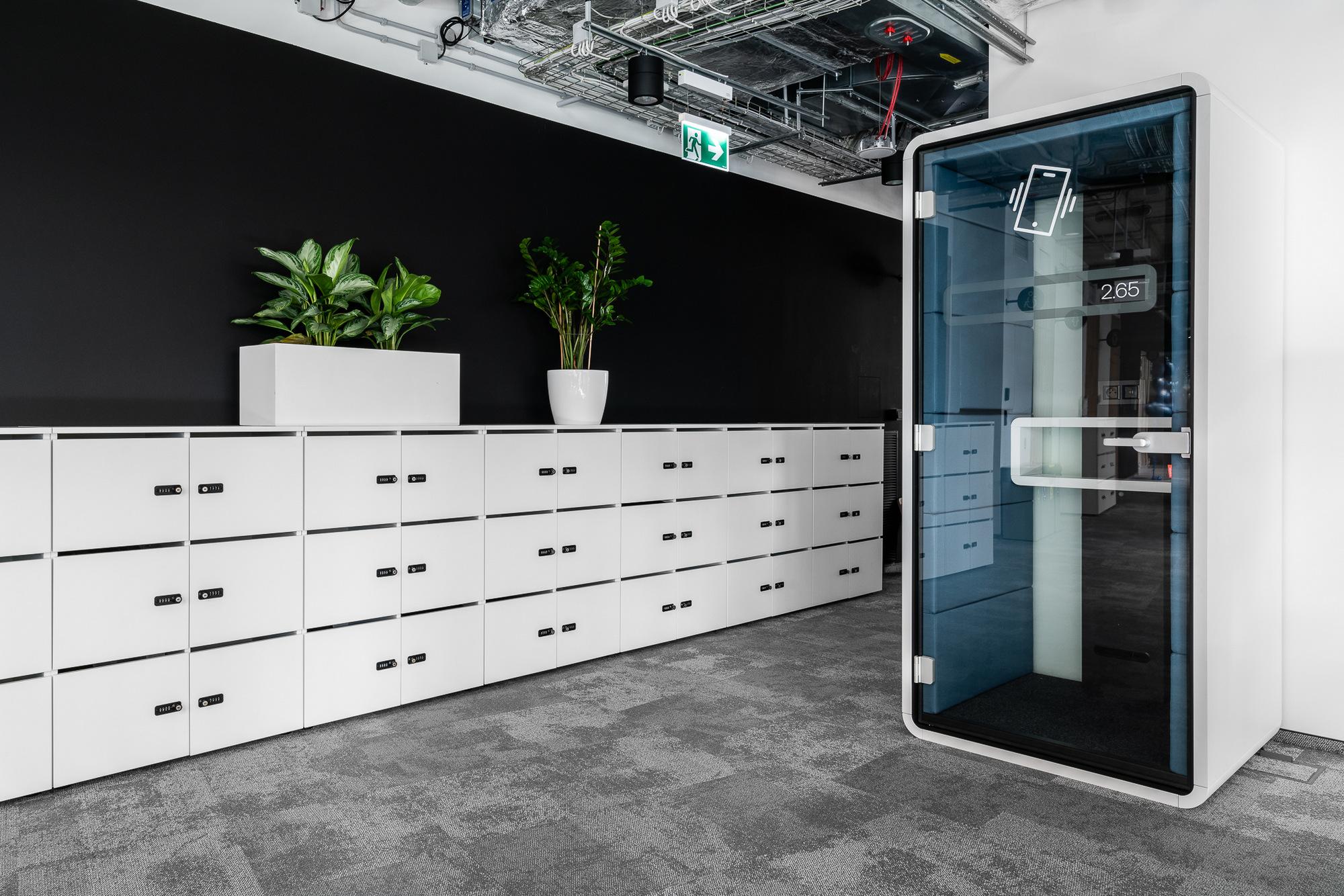办公楼室内装修 - 14.jpg