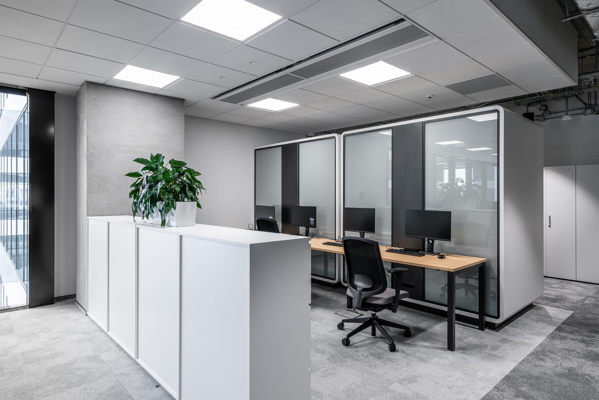 办公楼室内装修 - 12.jpg