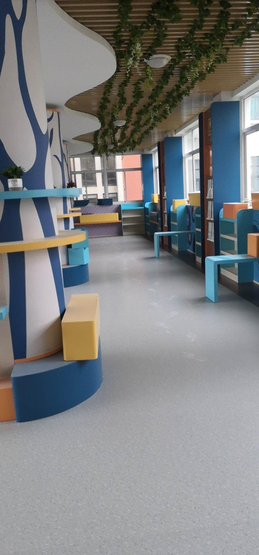 南汇某学校pvc地板施工案例