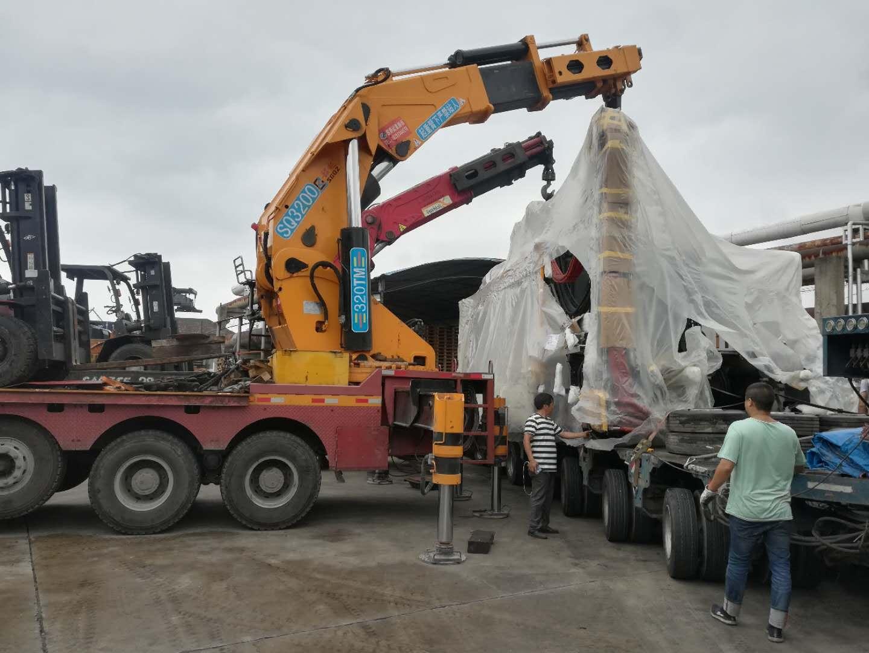 恩格尔注塑机搬迁(重96吨)