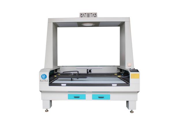 HL-1814双横梁全景摄像定位蜂窝平台激光切割机