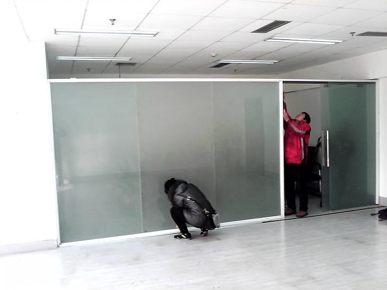 室内玻璃隔断制作与安装