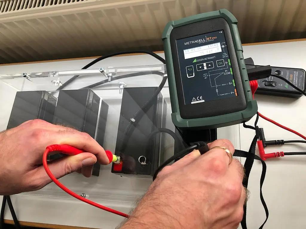 如何可靠地降低电池系统故障的风险2.jpg