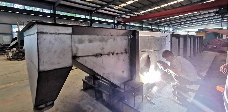 义科钛白粉干燥设备紧张生产中