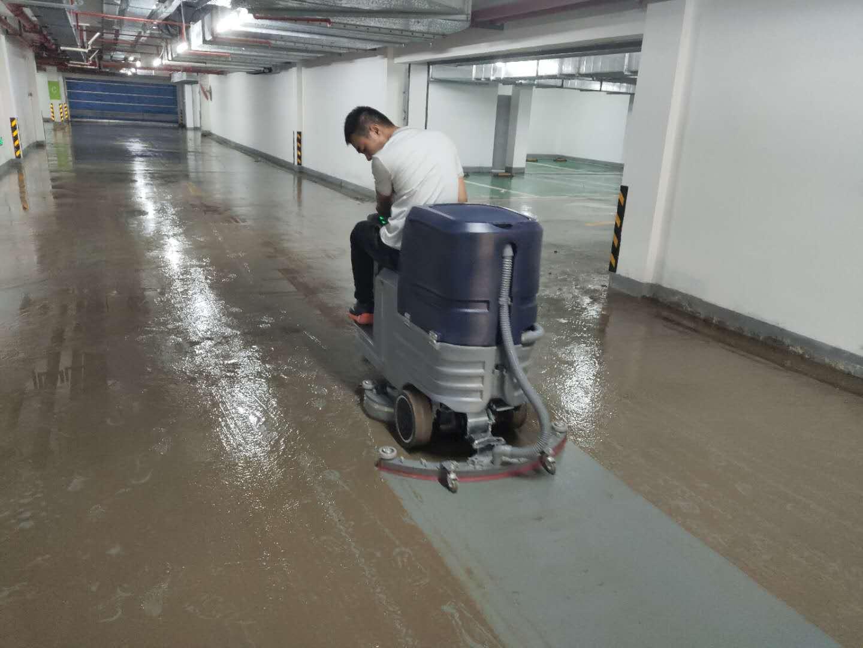 保洁公司为什么更倾向于短期租赁洗地机来做开荒业务?