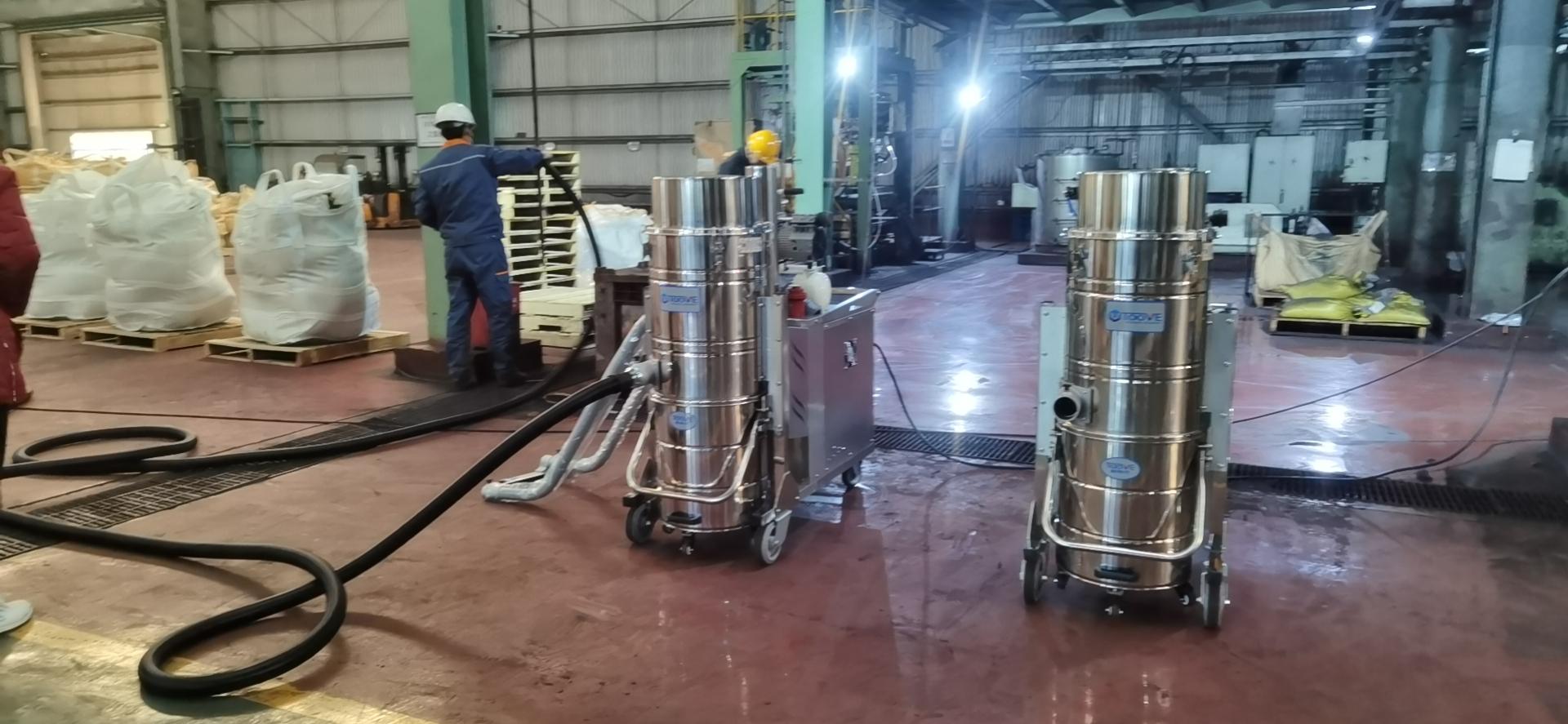 工业用吸尘器