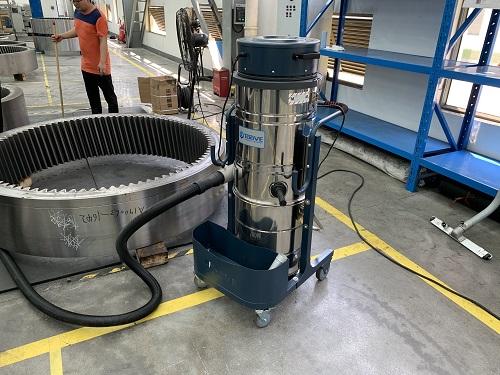 气动工业吸尘器