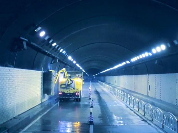 智能化隧道橋梁清洗