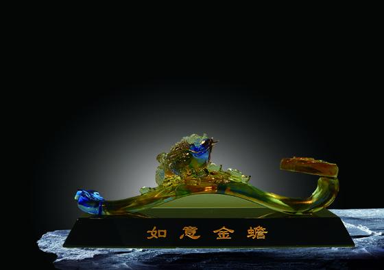 夏氏 琉璃艺术品的魅力