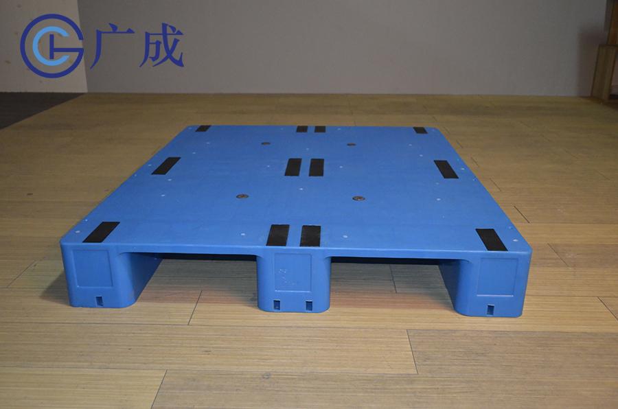 1210G平板川字塑料托盤正面進叉口