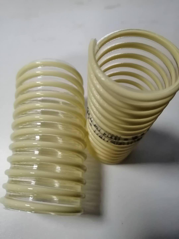 半透明PU管壁, 带镀铜色包塑钢丝螺旋加强型