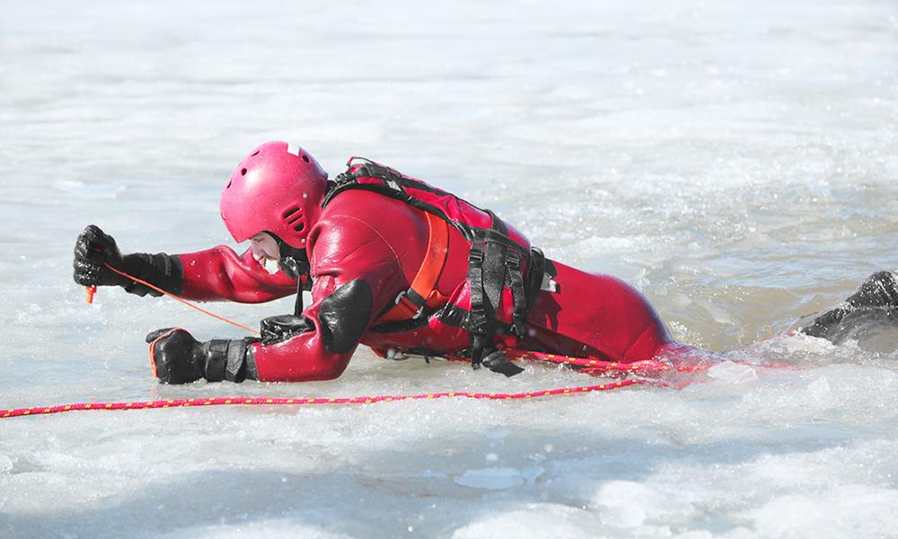 冬季水域救援的事故特点