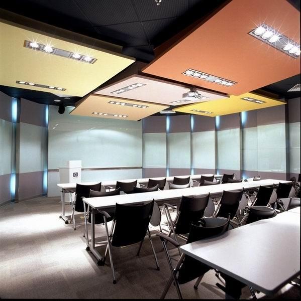 在辦公室設計裝修時,如何融入多樣化的元素呢?