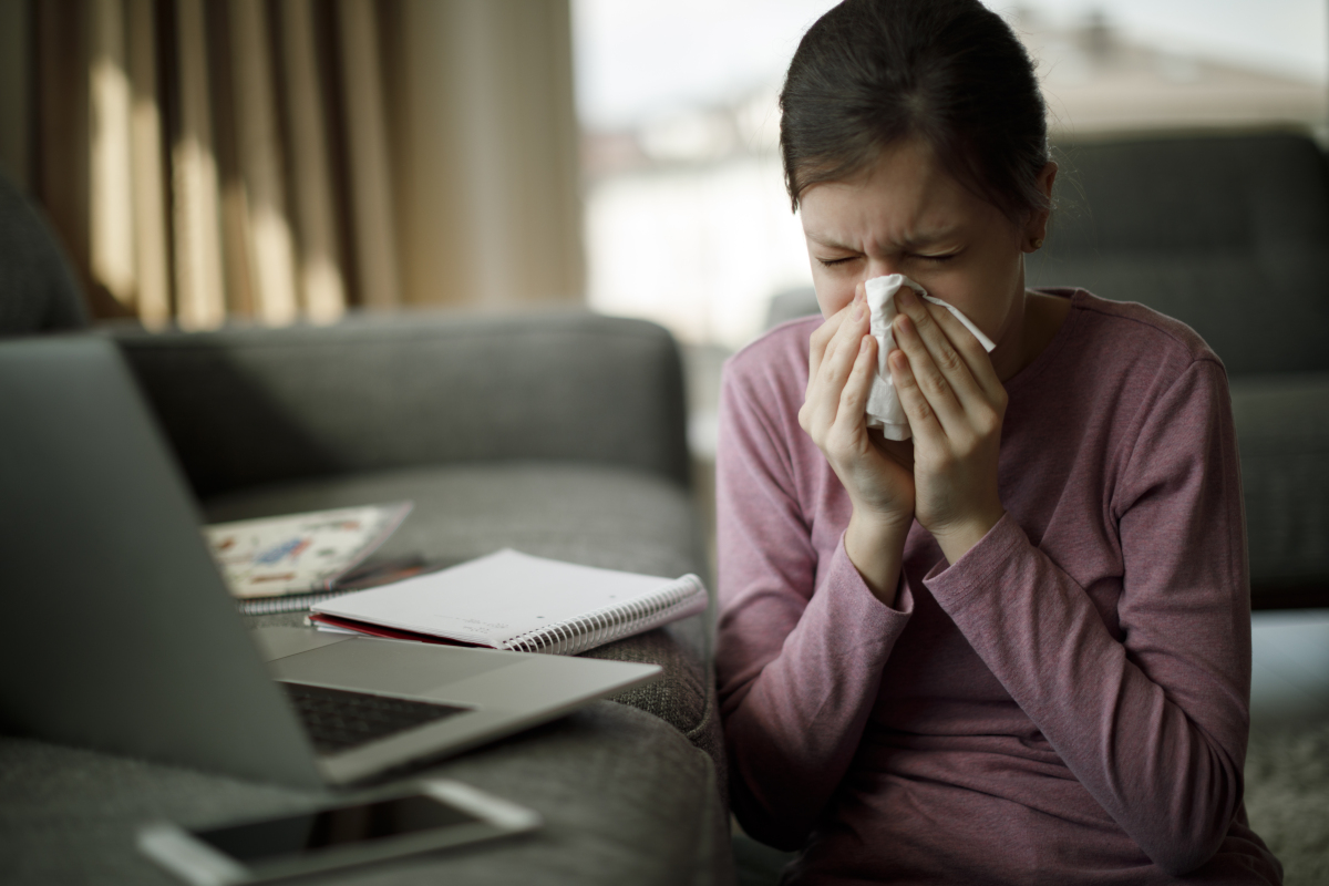 秋天里的第 一波鼻炎已經來襲,如何緩解?吸氫機吸氫試試!
