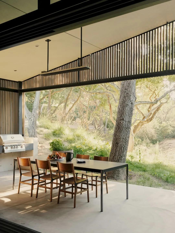 讓你大飽眼福的10個別墅餐廳設計,美景即美食!
