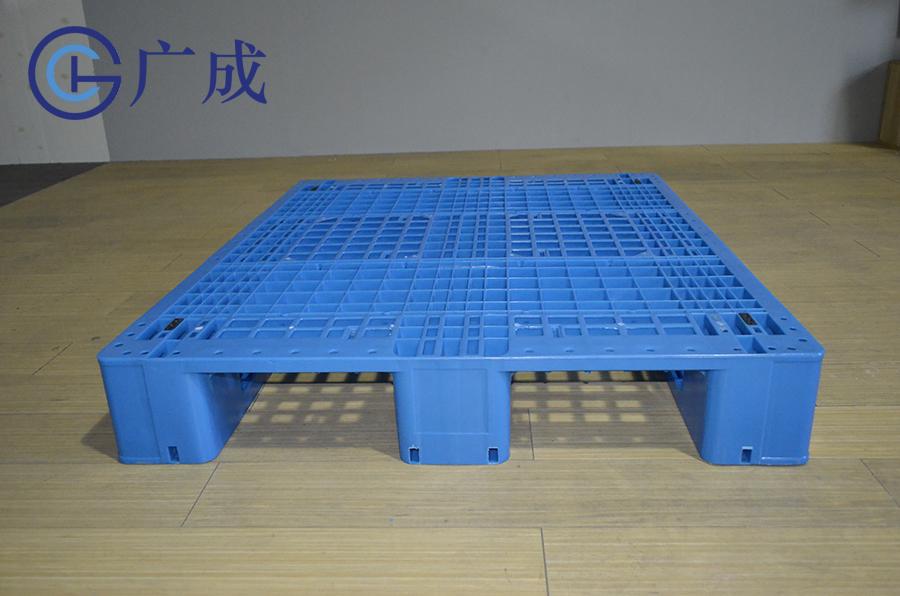1210G网格川字塑料托盘进叉口