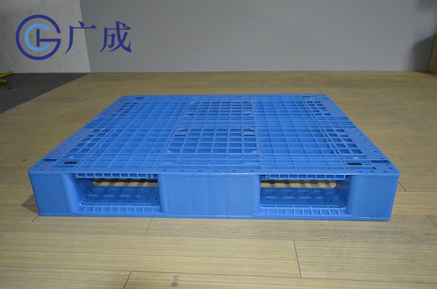1210G网格川字塑料托盘侧边